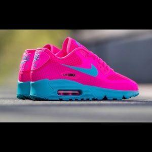 Neon pink nike air max 90s